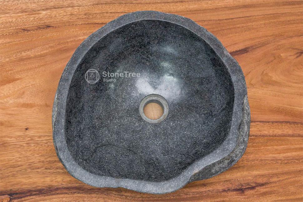 Раковина из речного камня River 34