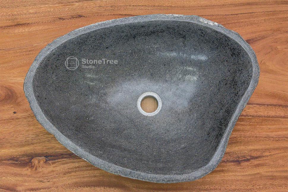 Раковина из речного камня River 38