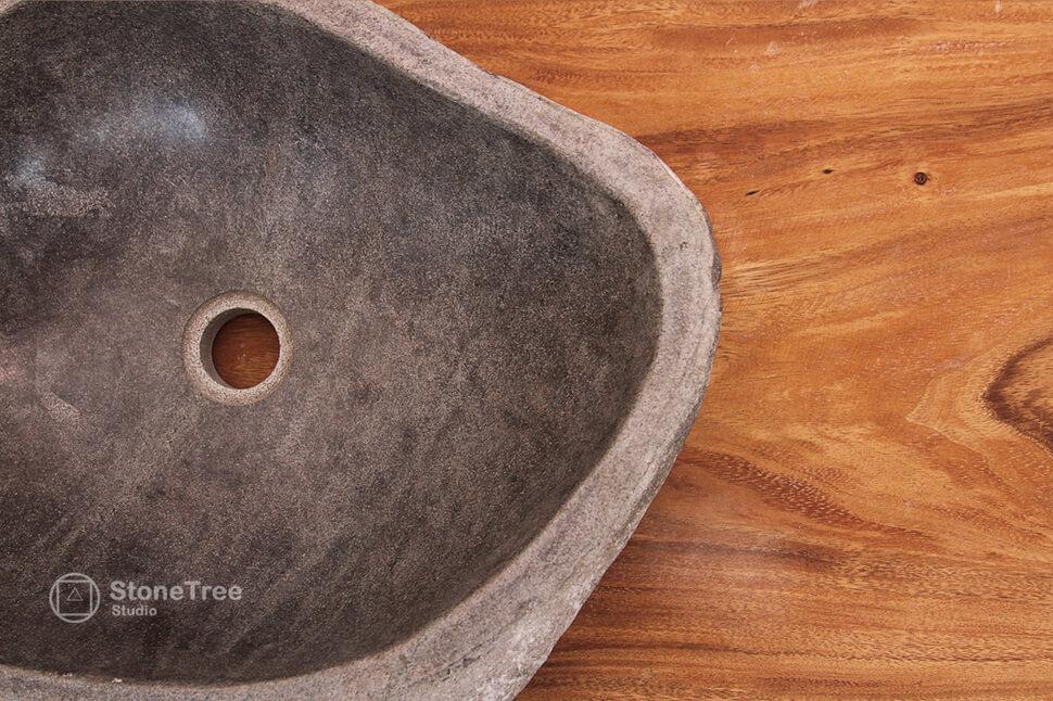 Раковина из речного камня River XI