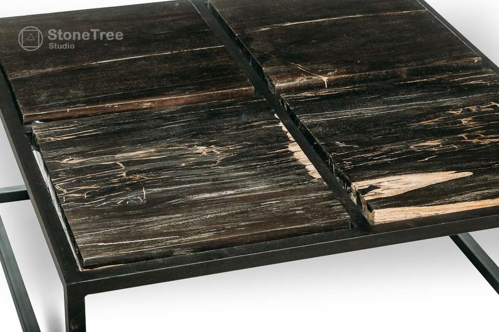 Журнальный стол из окаменелого дерева Black Panther