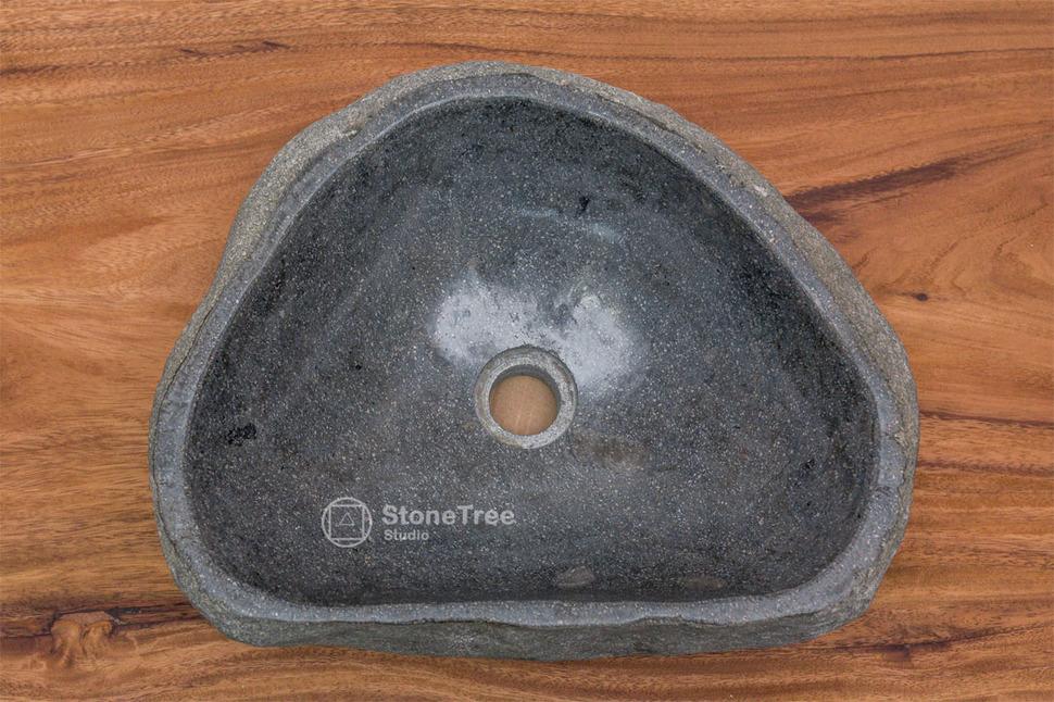 Раковина из речного камня River 31