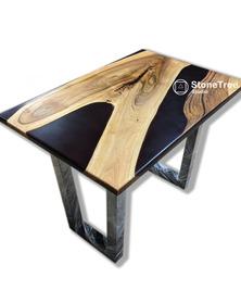 Рабочий стол из массива Грецкого ореха